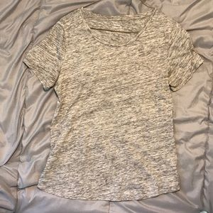 Old navy comfortable grey t-shirt